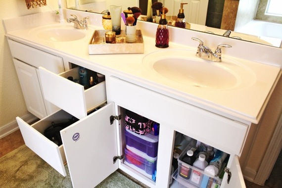 2014-12-17-Bathroomstorage1.jpg