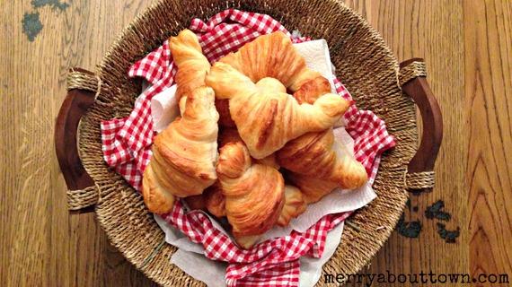 2014-12-17-CroissantsfromPascalsPatisserieMerryAboutTown.jpg