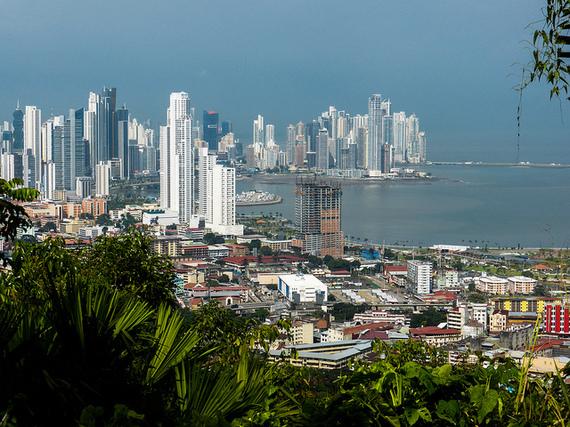 2014-12-18-PanamaCityPanamacreditEoinBassett.jpg