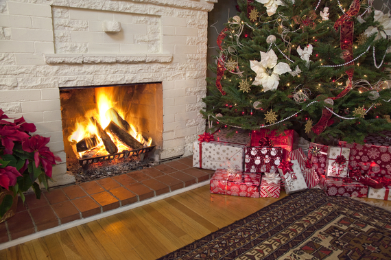 2014-12-18-Pic3Fireplace.jpg