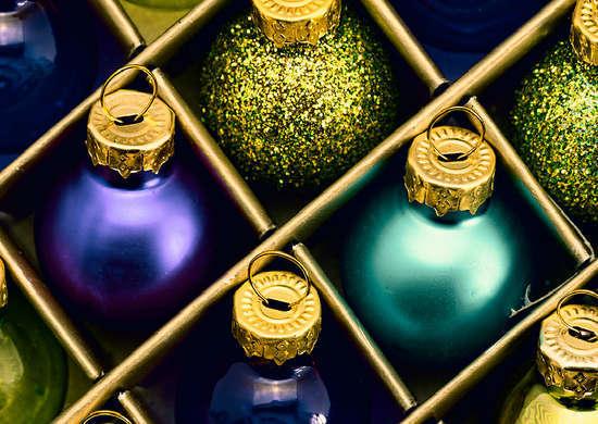 2014-12-19-Fake_Ornaments.jpg