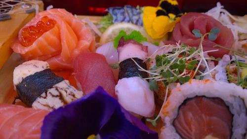 2014-12-19-MoshimoSushiCloseupHP.jpg