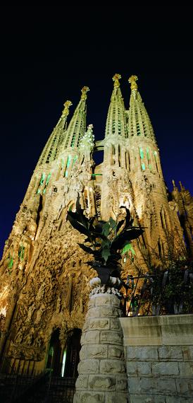 2014-12-19-SagradaFamiliaCourtesyBarcelonaTurisme.jpg