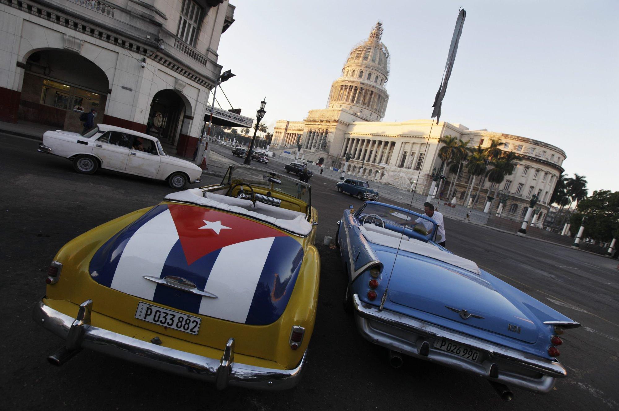 Obama ayuda a cuba a salir del fr o for Cuba motors el paso