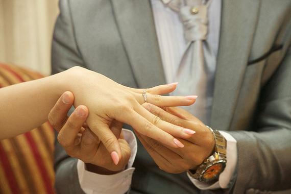2014-12-19-marriageEJengagedmarriagelovecouplering.jpg