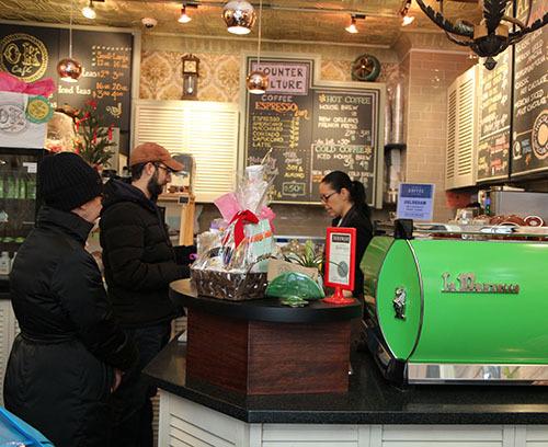 2014-12-21-Cafe2.jpg