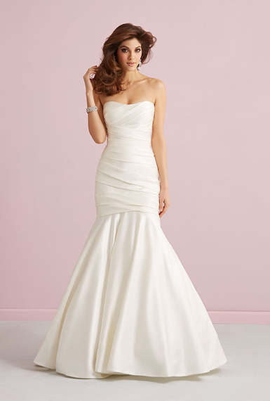 2014-12-22-weddingdressesunder1000allure2752F.jpg