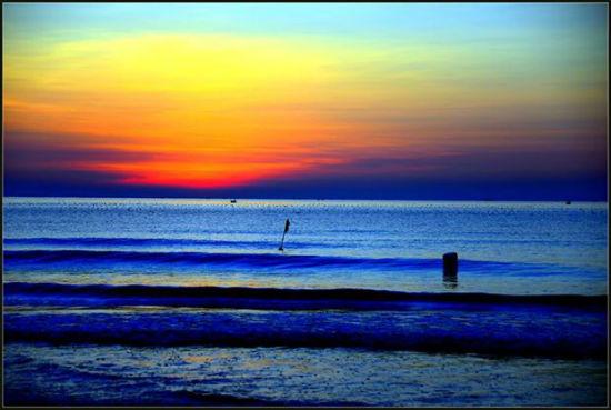 2014-12-23-11_saviandvid_SunsetinVietnam.jpg