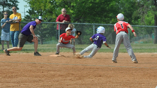 2014-12-23-littleleaguebaseball.jpg