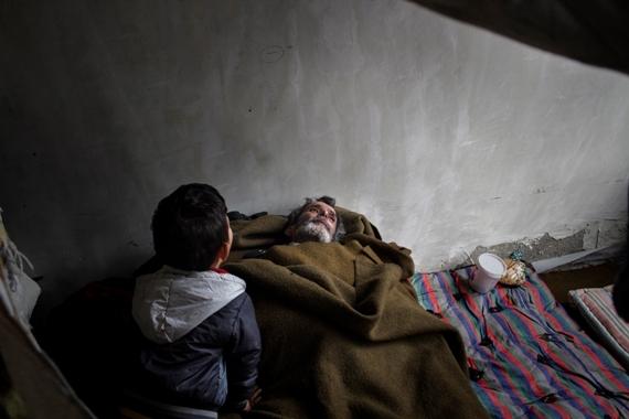 2014-12-29-SyriarefugeeinBulgariaMSF_570W.jpg