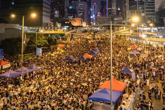 2014-12-29-Umbrella_Revolution_in_Admiralty_Night_Viewweb1024x683.jpg