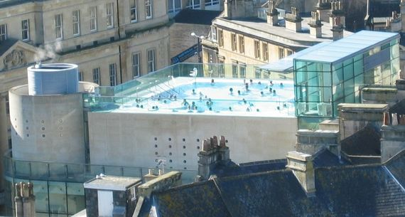 2014-12-31-1024pxThermae_Bath_Spa_rooftop_pool.jpg