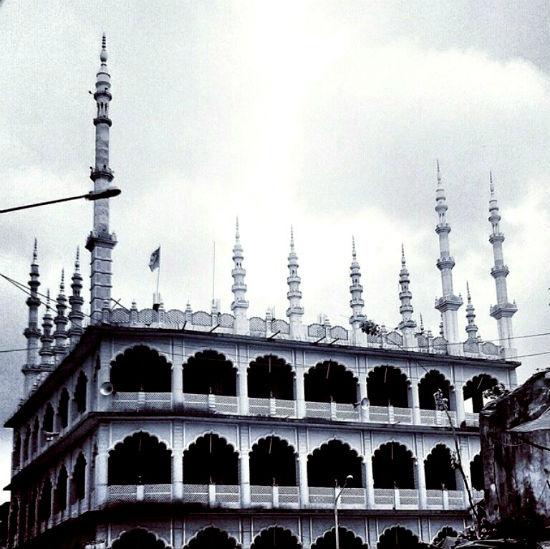 2015-01-05-Sohini_MosqueinPailipadaoneofMumbaisoldestmosques.jpg