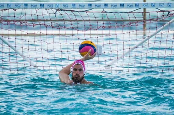 2015-01-05-WaterPoloByTheS10.jpg