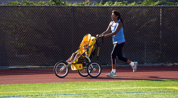 Mom with jogging stroller copyright Betty Udesen