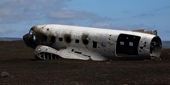 2015-01-07-planecrashmh600x300.jpg