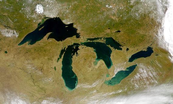 2015-01-08-Great_Lakes_from_spaceNASA_publicdomain.jpg