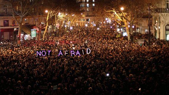 2015-01-09-CharlieHebdoNotAfraidDemoJan7.jpg