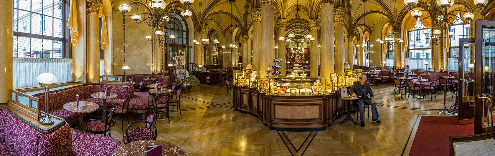 Wien Central Cafe