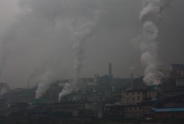 2015-01-12-smokestackpollution.jpg