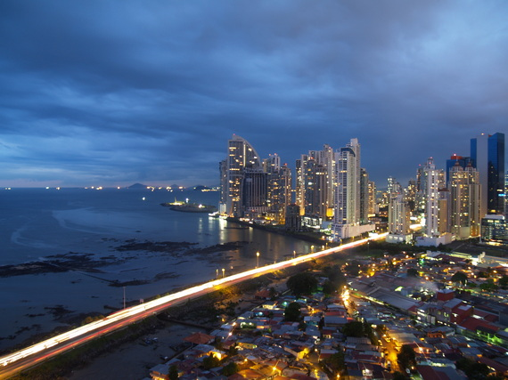 2015-01-13-PanamaCityAtNight.jpg