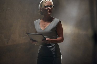 Anne Heche as Lynn Monahan