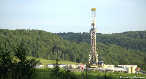 2015-01-15-frackingrig1PaulioShakespearewithcredit.jpg