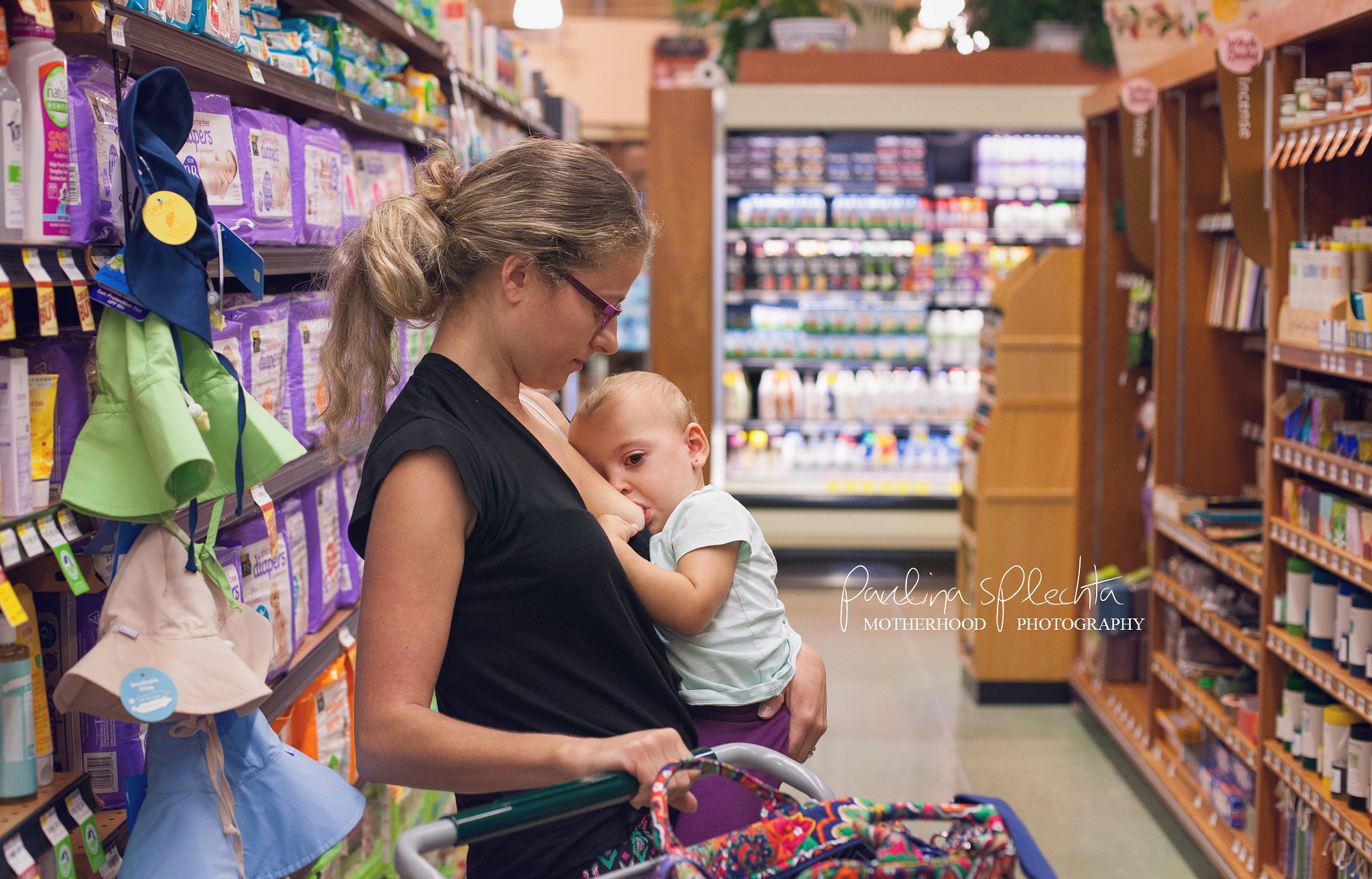 10 Steps to Breastfeeding In Public Without Fear | HuffPost