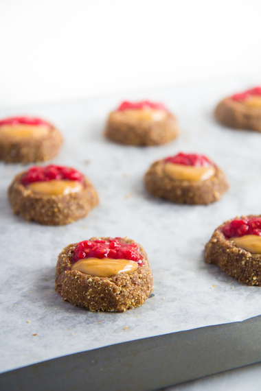 2015-01-17-PBJ_Thumbprint_Cookies5.jpg