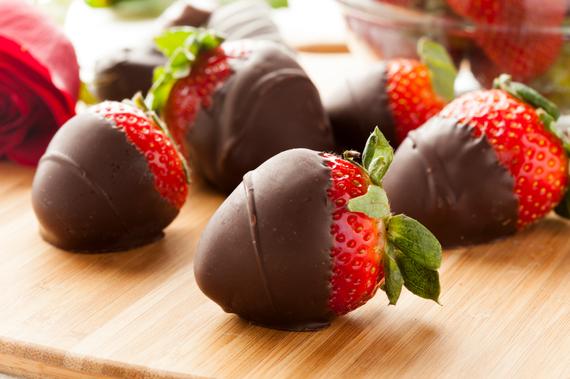 2015-01-17-chocolatecoveredstrawberries.jpg