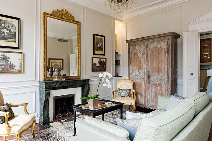 Interior inspiration designing like a parisian huffpost - Apartment living room decor ...