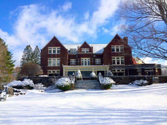 2015-01-20-wintermansionlr.jpg