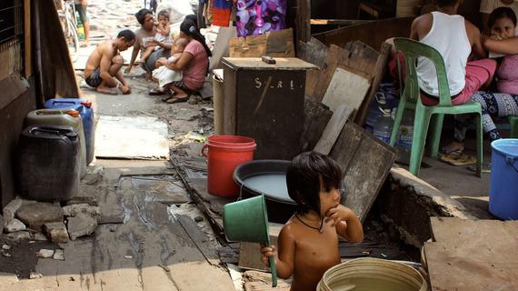 2015-01-21-povertyphilippines2.jpg