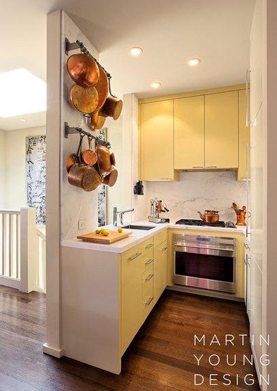 2015-01-21-yellow_kitchen.jpg