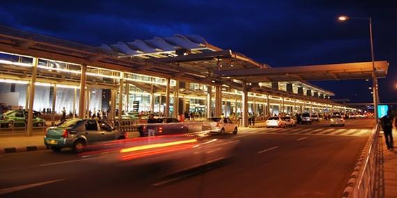 2015-01-22-airportcarrentalmh600x300.jpg