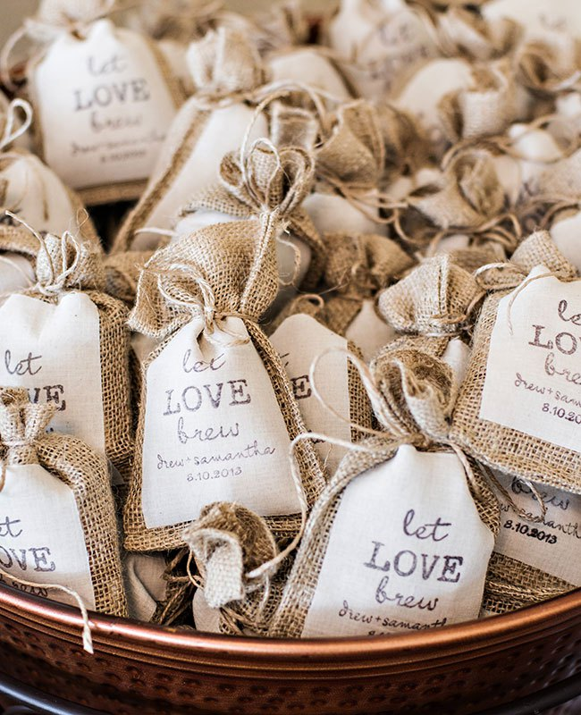 These Wedding Details Will Appeal To Coffee-Loving Brides
