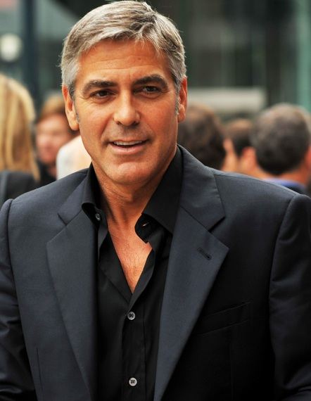 2015-01-23-George_Clooney4_The_Men_Who_Stare_at_Goats_TIFF09_cropped.jpg