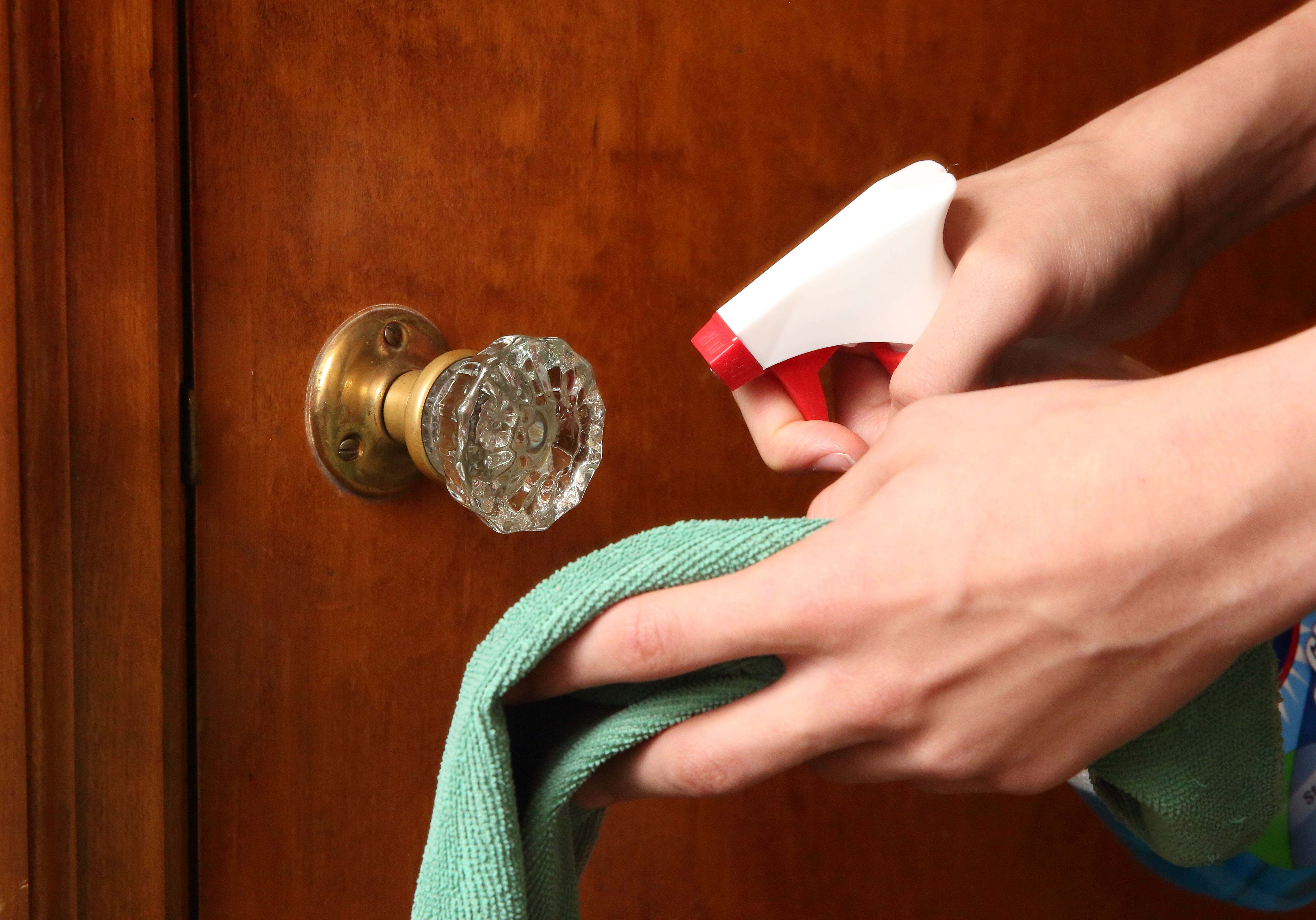 Household Cleaning Tips for Cold and Flu Season | HuffPost Life