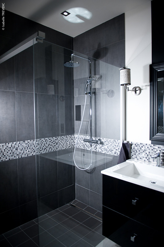 Quelle douche choisir pour une salle de bains pratique et - Modele salle de bain douche italienne ...