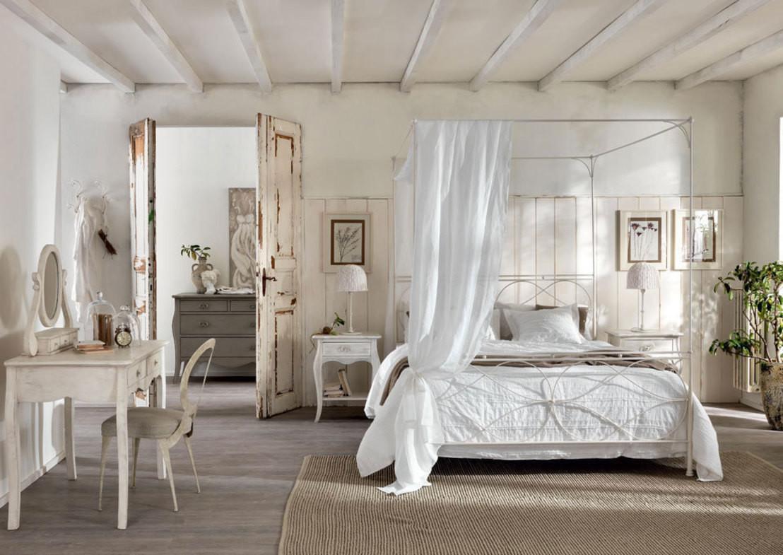 Romantische Dekoration Schlafzimmer: Schlafzimmer: Arbeitsplatz im ...