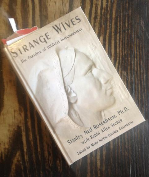 2015-02-04-Strange_Wives.JPG