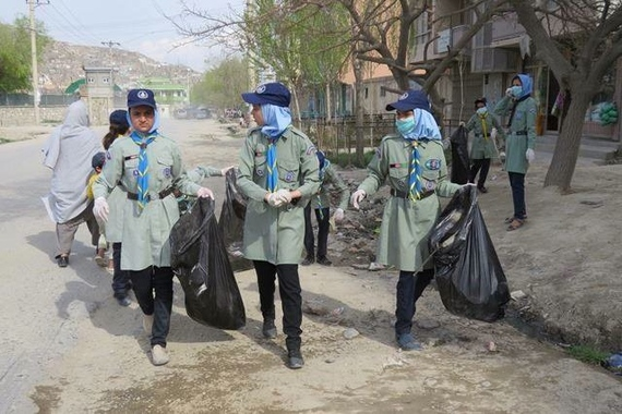 2015-02-06-scoutscleanup.jpg
