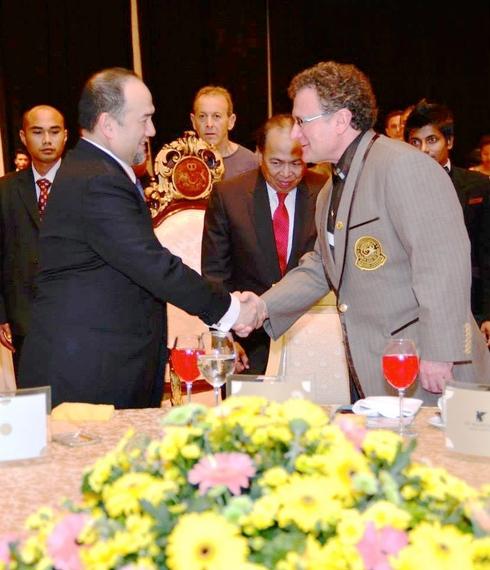 2015-02-08-Dr.BobandtheKingofMalaysia.jpg
