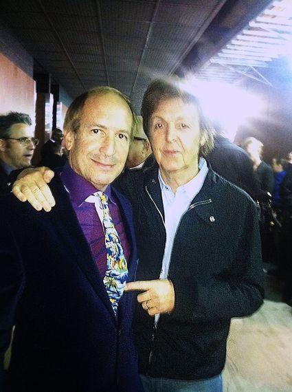 2015-02-09-Larry_Dvoskin_and_Paul_McCartney.jpg