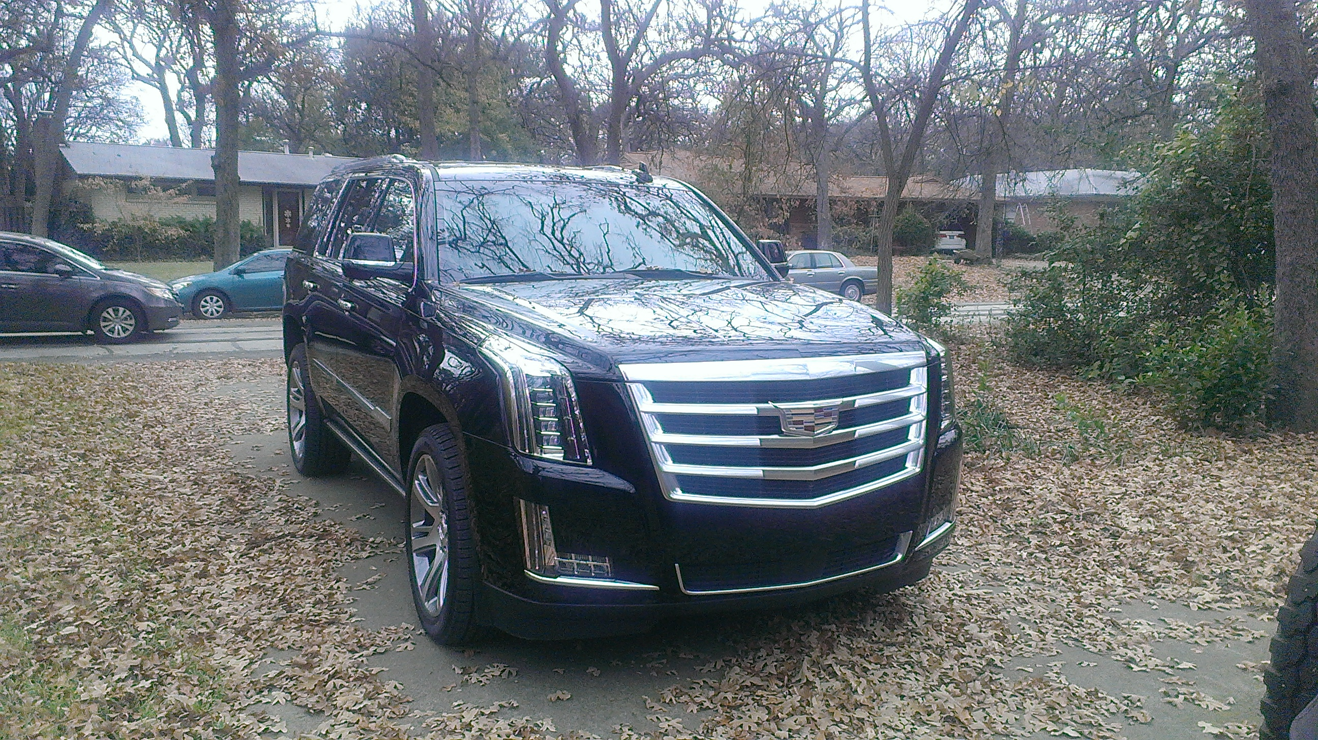 The 2015 Cadillac Escalade S Redesign Is Set To Spoil Any Driver
