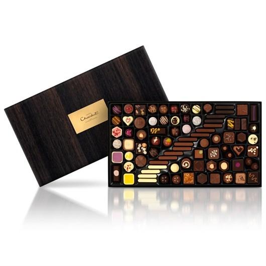 2015-02-11-SmallChocolatiersTable.jpg