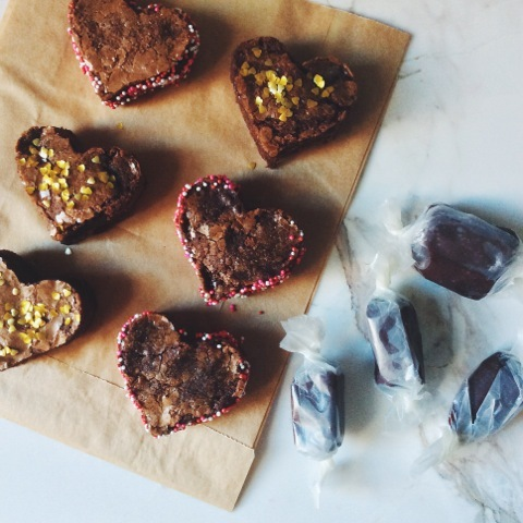 2015-02-11-heartbrownies.jpeg