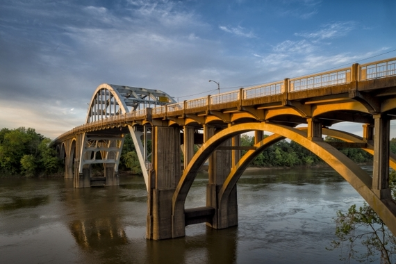 2015-02-12-Edmund_Pettus_Bridge.jpg