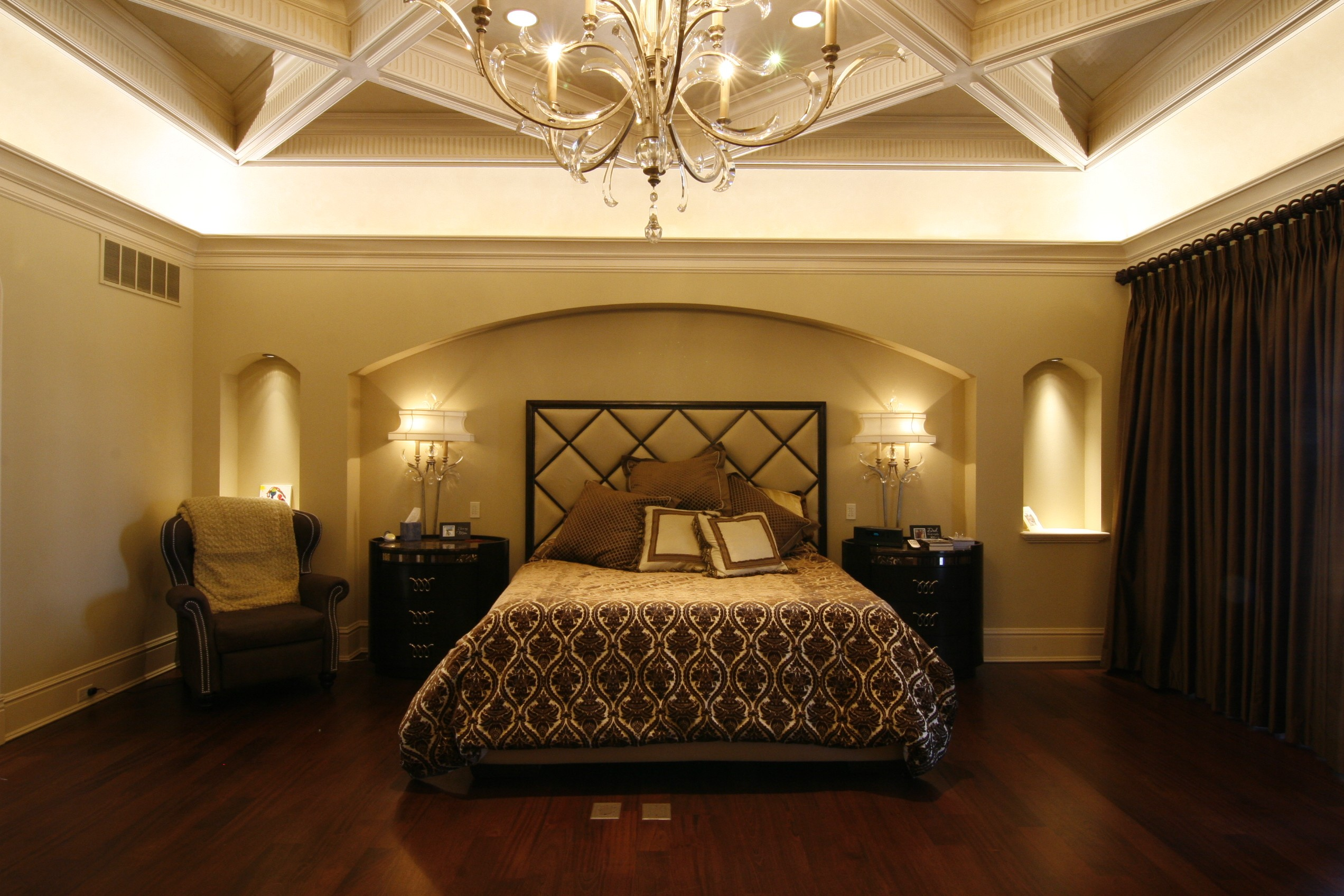 . 6 Bedrooms That Exude Romance   HuffPost Life