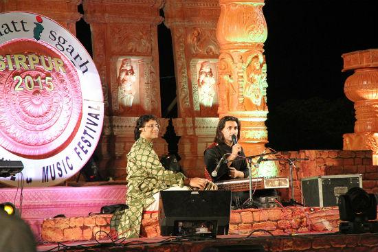 2015-02-17-RahulSharmaSirpurFestivalChhattisgarh_a.jpg